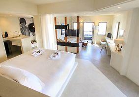 west east suites
